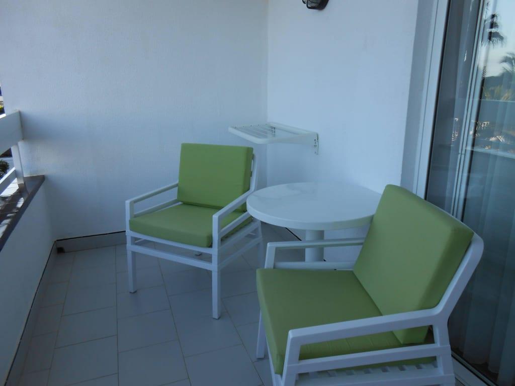bild sch ner balkon zu hotel costa canaria in san agustin. Black Bedroom Furniture Sets. Home Design Ideas