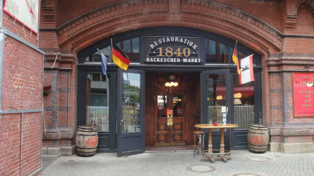 bild restaurant am hackescher markt zu restauration 1840 in berlin mitte. Black Bedroom Furniture Sets. Home Design Ideas