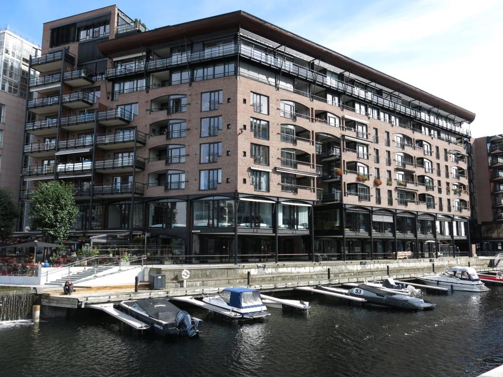 Moderne Architektur Und Boote