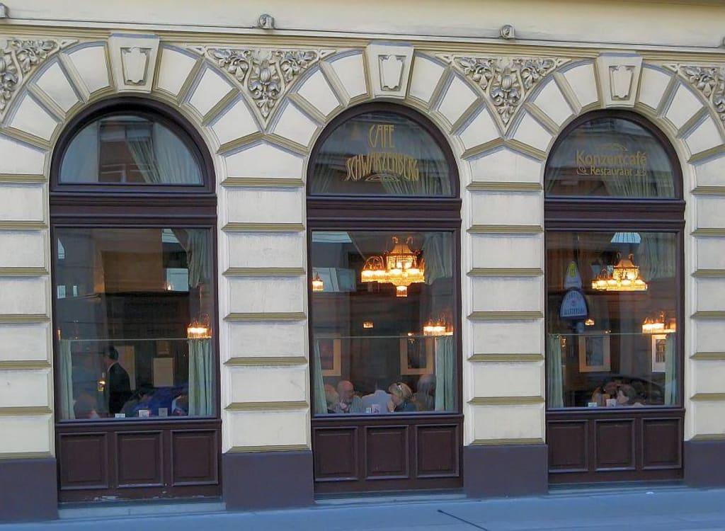 wien cafe schwarzenberg bilder pub bar caf cafe schwarzenberg. Black Bedroom Furniture Sets. Home Design Ideas