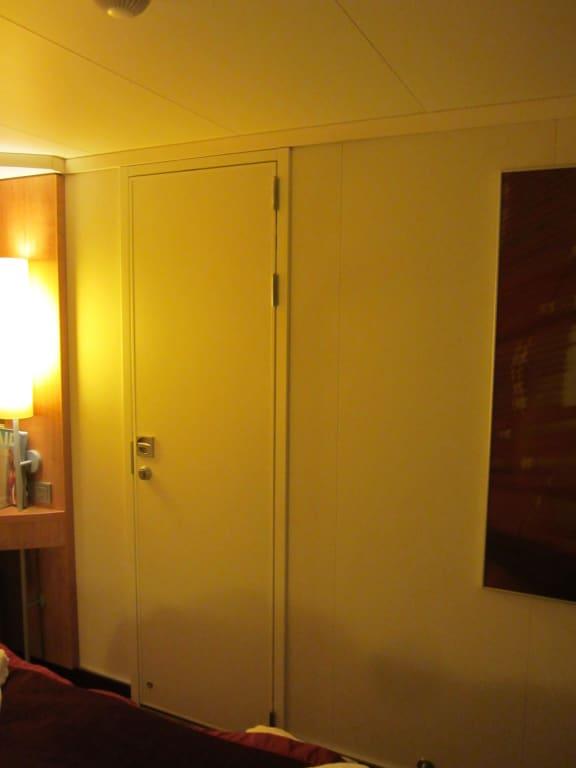 bild verbindungst r zu aidamar in. Black Bedroom Furniture Sets. Home Design Ideas