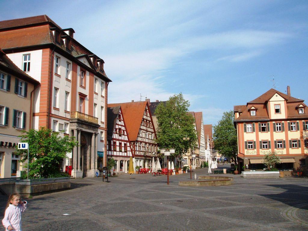 ... Schwabach - Email, Fotos, Telefonnummern zu Lichtspielhaus Schwabach