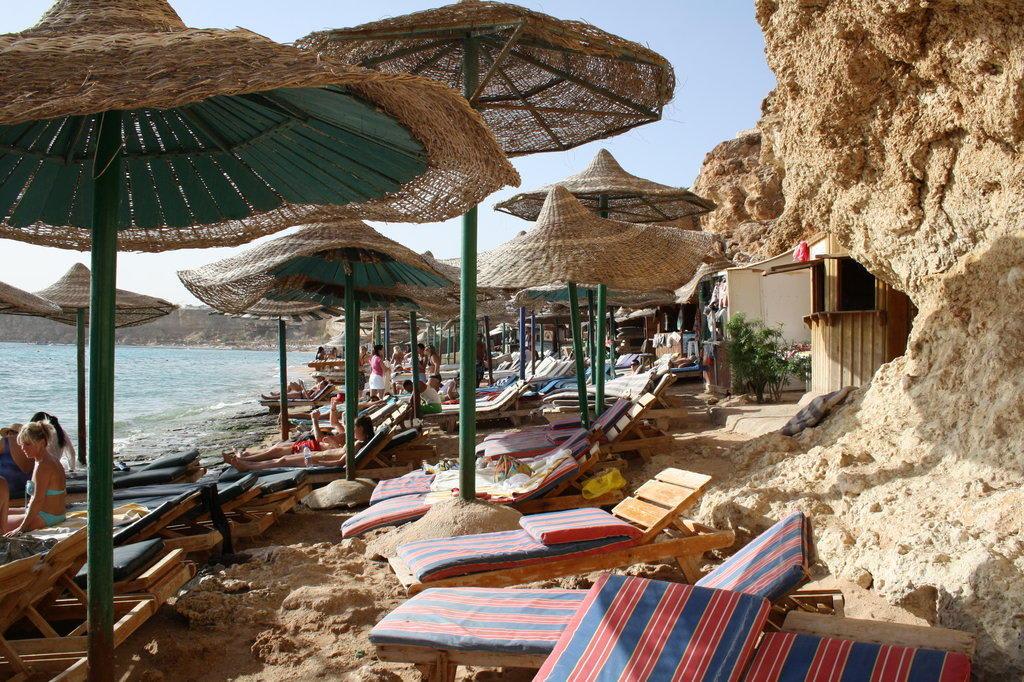 Bild eng und nicht sch n zu hotel dive inn resort in for Dive inn sharm