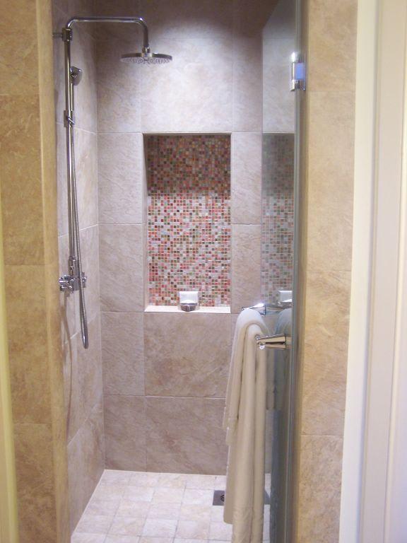 """Hotel Berlin Dusche Im Zimmer : Bild """"Dusche im Zimmer"""" zu Hotel Atlantis The Palm in Dubai"""