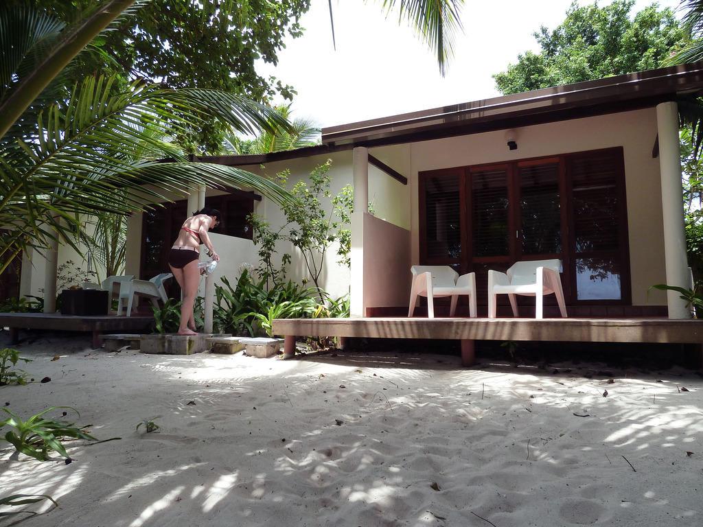Kuramathi island resort beach villa driverlayer search - Kuramathi wallpaper ...