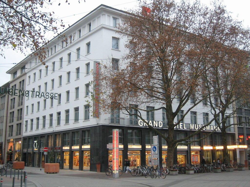 bild au enansicht zu grand hotel mussmann in hannover. Black Bedroom Furniture Sets. Home Design Ideas