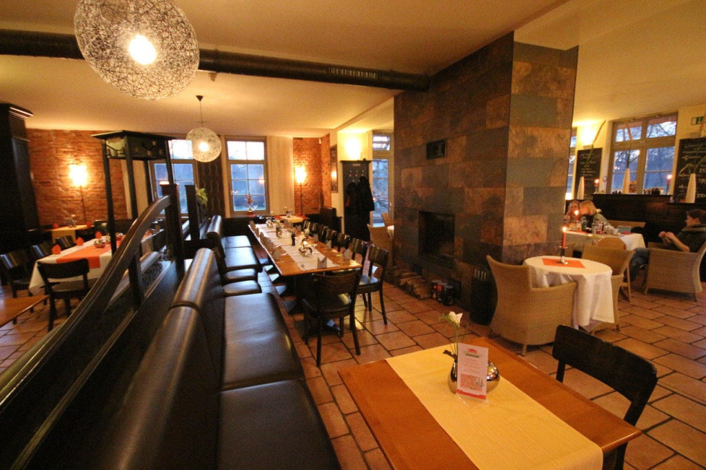 Kamin Magdeburg bild gastronomiebereich mit kamin zu restaurant elbelandhaus in