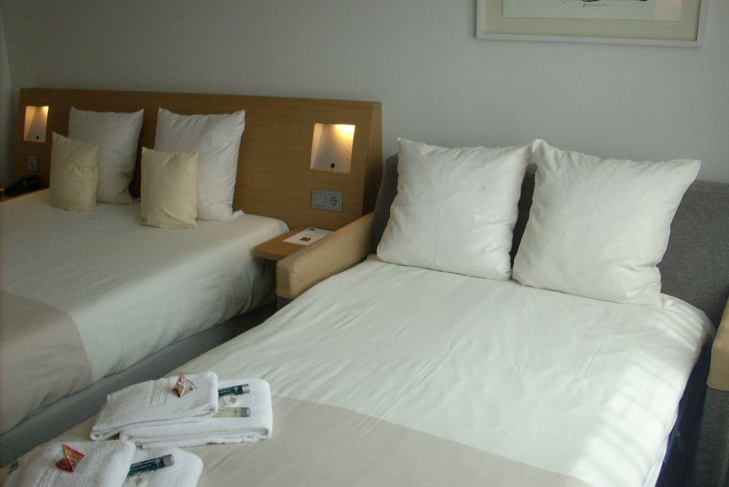 bild familienzimmer zu hotel novotel hamburg city alster in hamburg