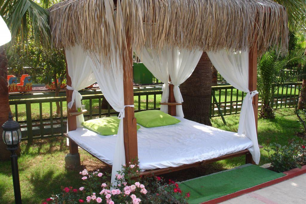 bild kuschelecke zu hotel delphin deluxe resort in okurcalar. Black Bedroom Furniture Sets. Home Design Ideas