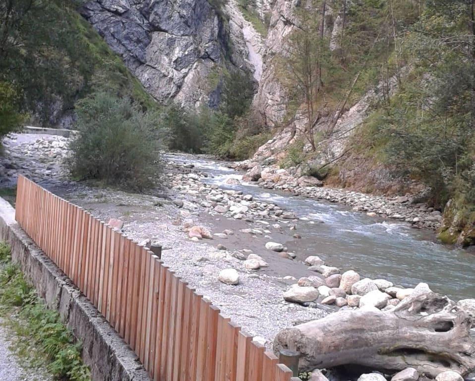 Bild Schone Steine U Anspulungen Zu Kundler Klamm In Wildschonau