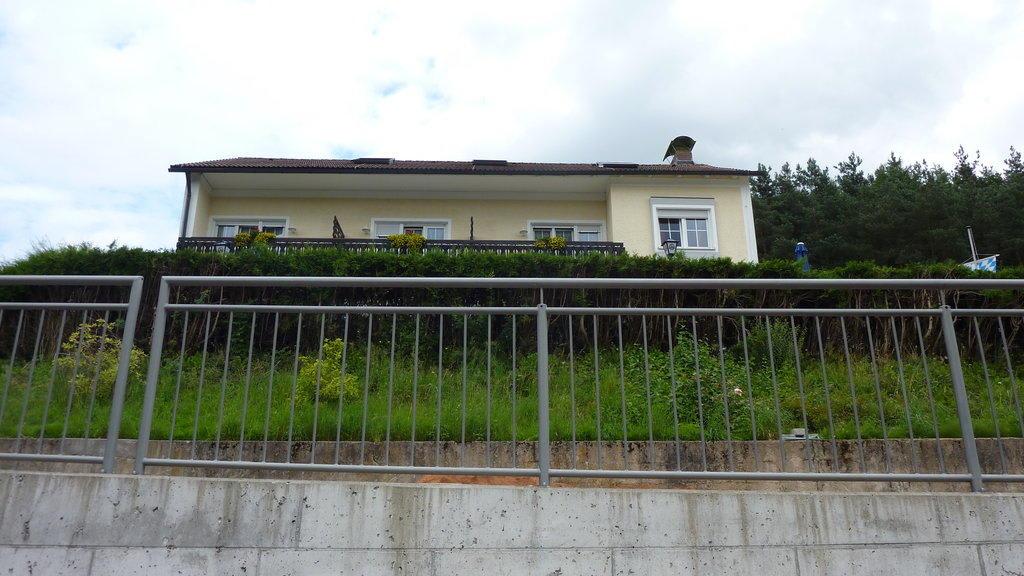 Haupthaus Bilder Außenansicht Landgasthof Am Sonnenhang