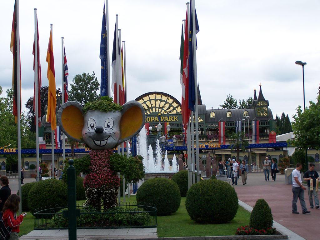 Europapark Maskottchen Bilder Freizeitpark Europa-Park