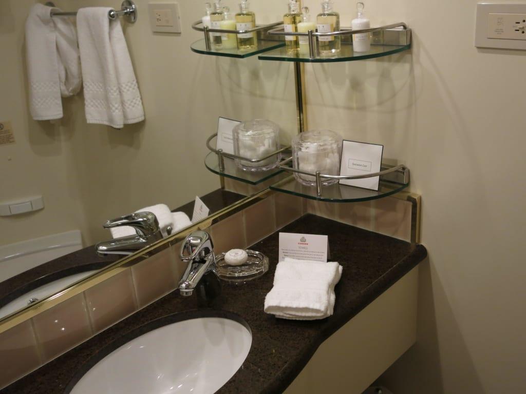 """bild """"badezimmer, waschtisch"""" zu queen elizabeth in, Badezimmer"""