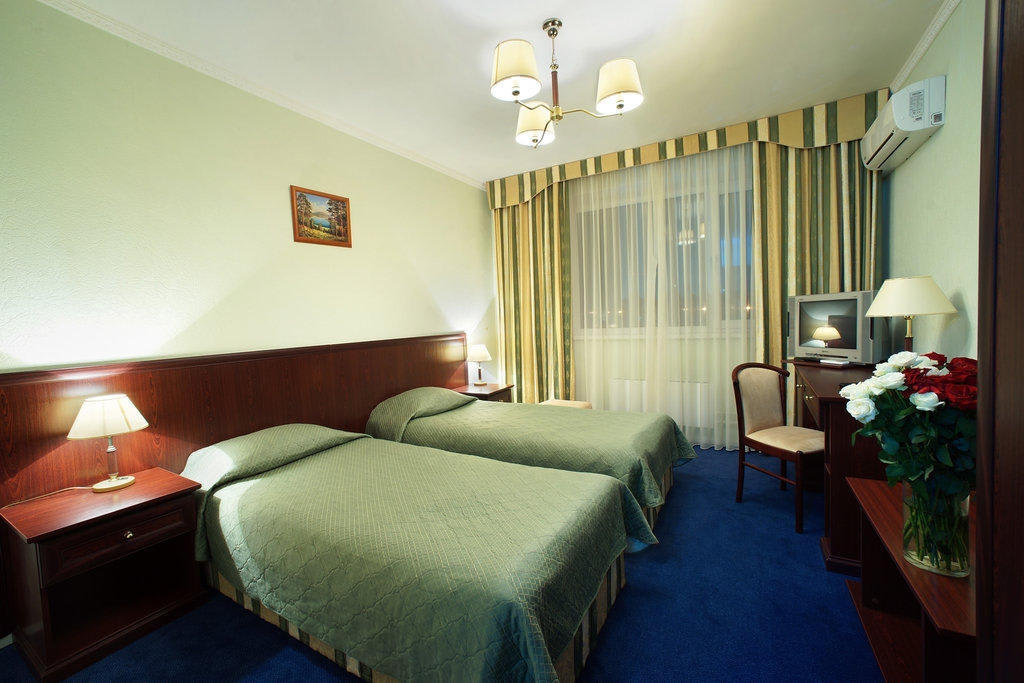 гостиницы на ночь в москве дешевые