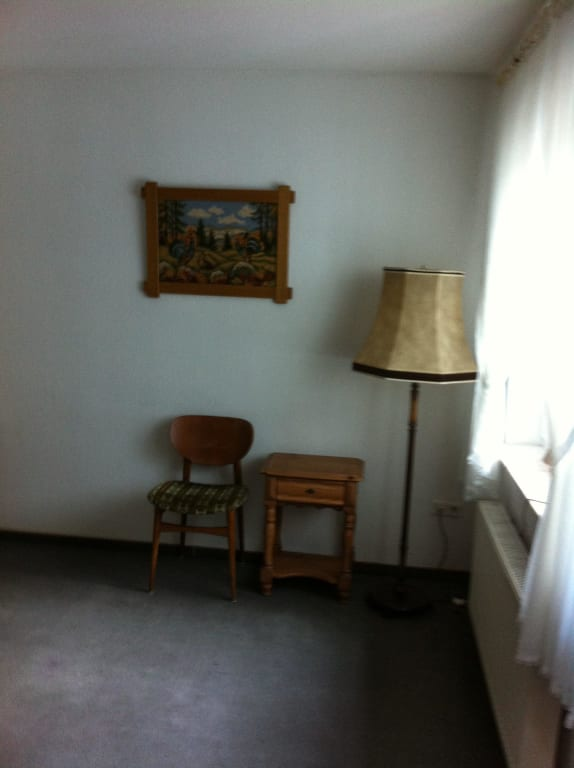 bild stil der einrichtung hier im flur zu hotel zum j gerkrug in bad waldliesborn. Black Bedroom Furniture Sets. Home Design Ideas