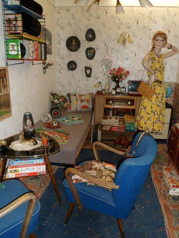 Bild wohnzimmer der 50er jahre zu gutshof wickensen in for Wohnzimmer 50er jahre