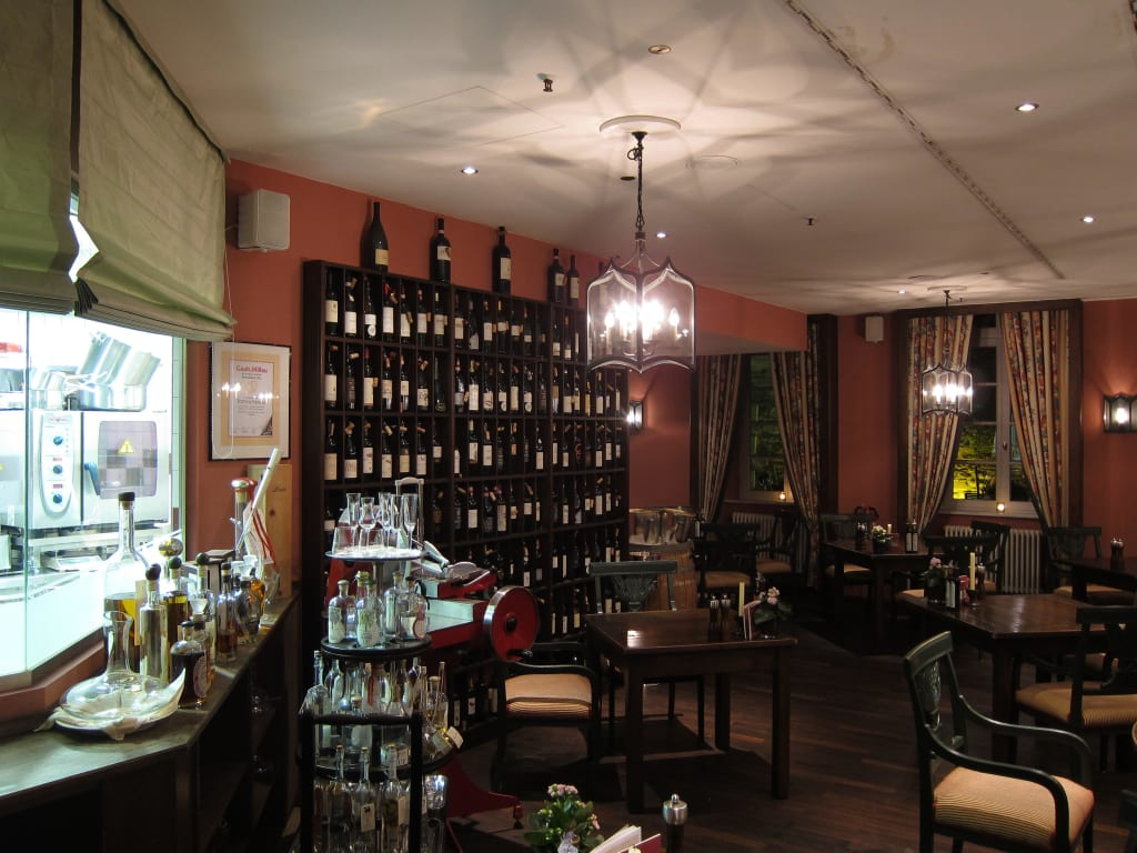 bild trattoria enoteca zu althoff grandhotel schloss bensberg in bergisch gladbach. Black Bedroom Furniture Sets. Home Design Ideas