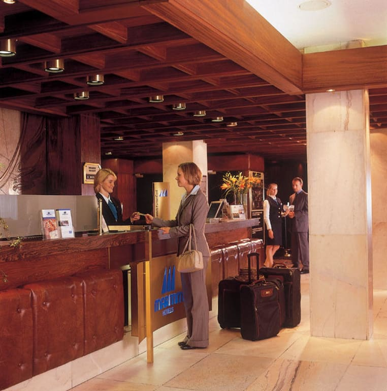 Maritim Köln Bad Salzuflen :  Hotelempfang zu Maritim Staatsbadhotel Bad Salzuflen in Bad Salzuflen