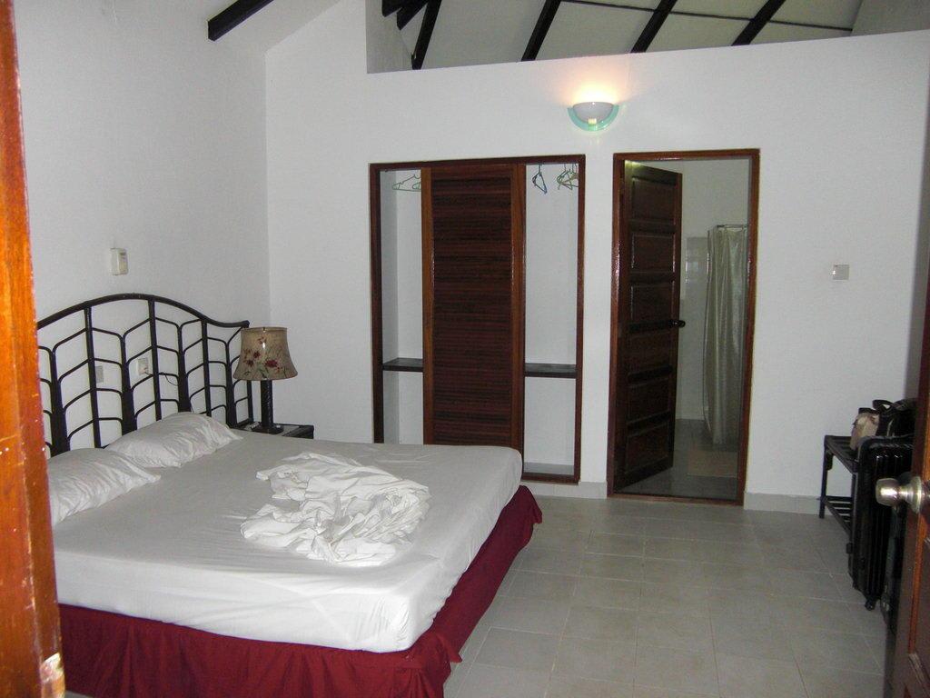 Bild superior zimmer ii zu hotel embudu village in s d for Superior zimmer