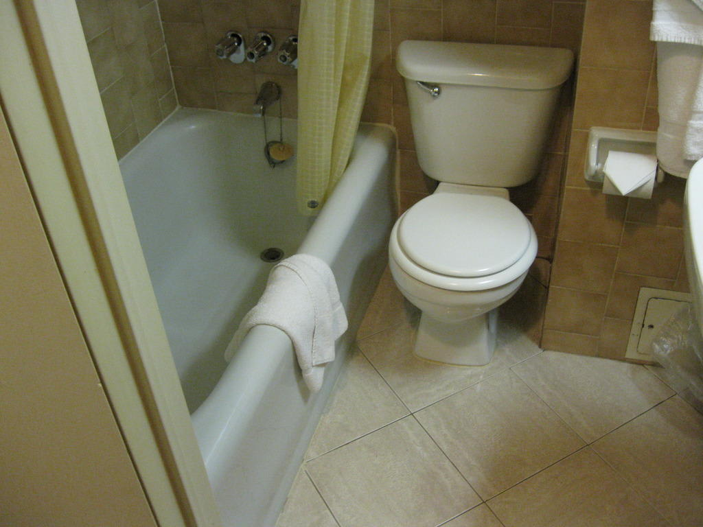 badewanne zu dusche umbauen wechsel der badewanne zur dusche umbauen badewanne zu dusche. Black Bedroom Furniture Sets. Home Design Ideas