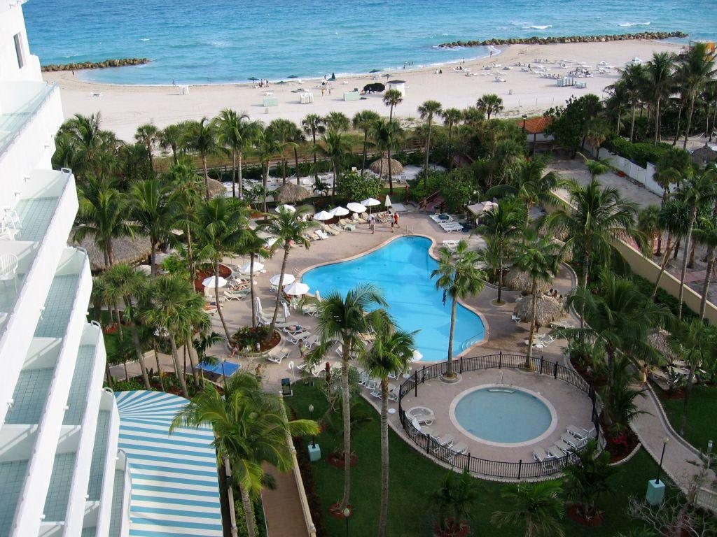 Riu Hotel Miami Beach Manager