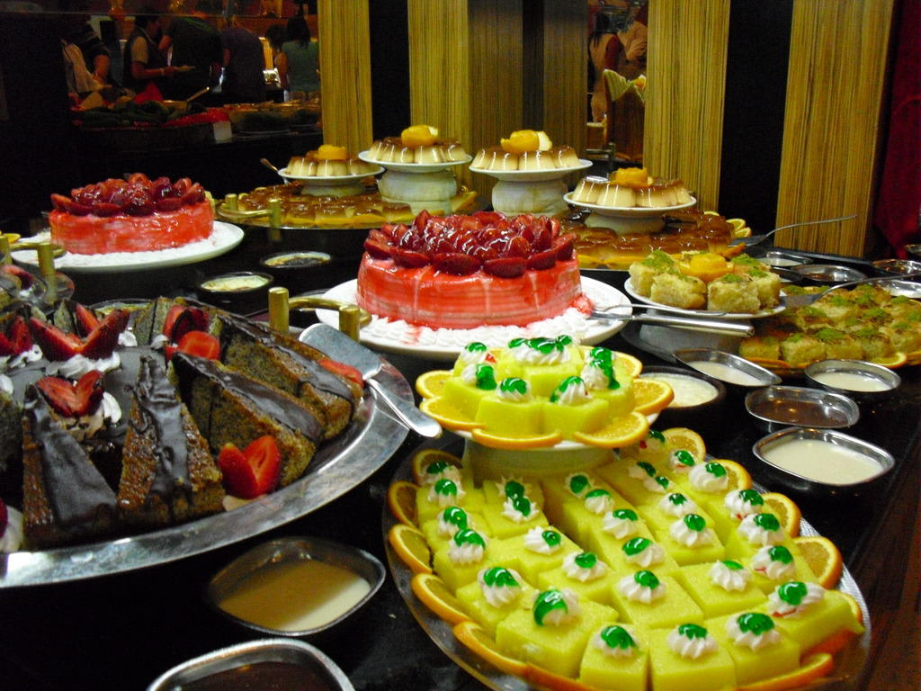 bild kuchen buffet zu siam elegance hotels spa in belek bogazkent. Black Bedroom Furniture Sets. Home Design Ideas
