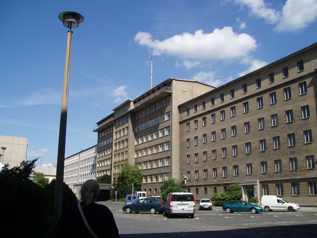 bild stasi gedenkst tte normannenstrasse zu stasi gedenkst tte normannenstrasse in berlin. Black Bedroom Furniture Sets. Home Design Ideas