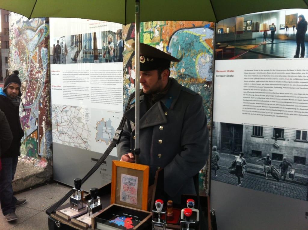 Bild historische passstempel zu potsdamer platz in for Stempel berlin mitte