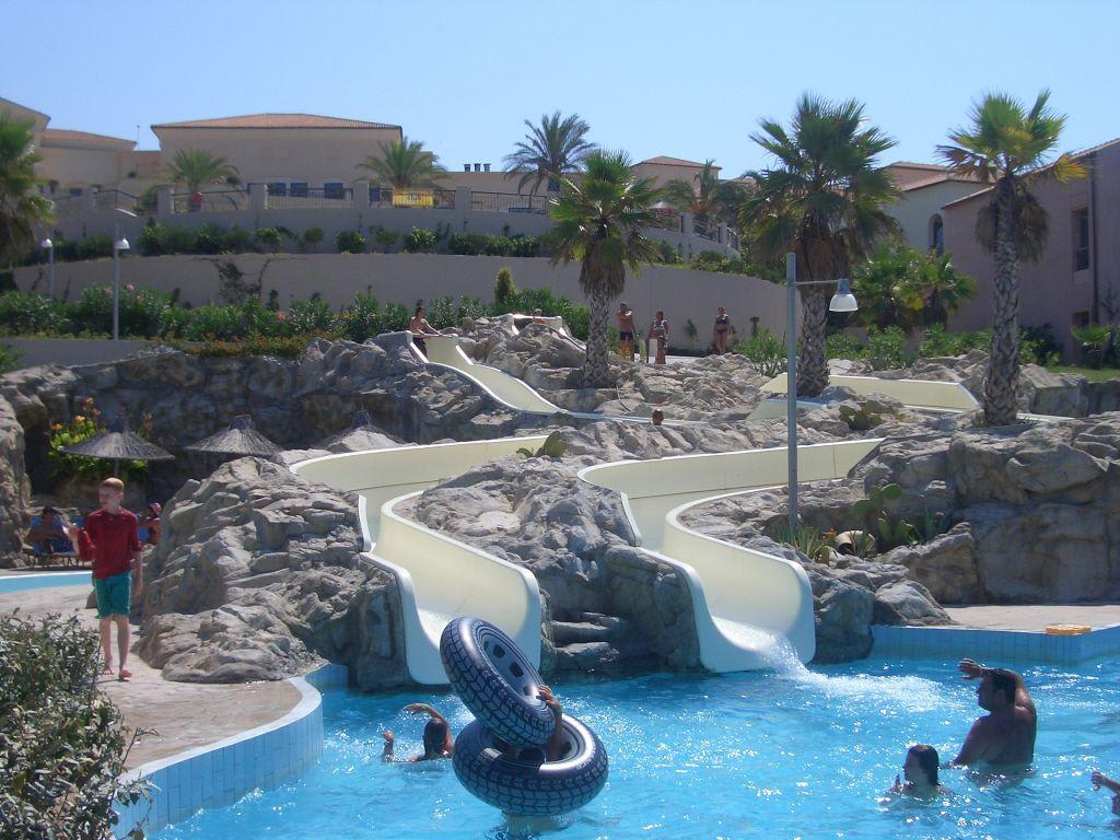 Bild pool mit rutsche zu hotel grecotel olympia oasis in kyllini - Pool mit rutsche ...