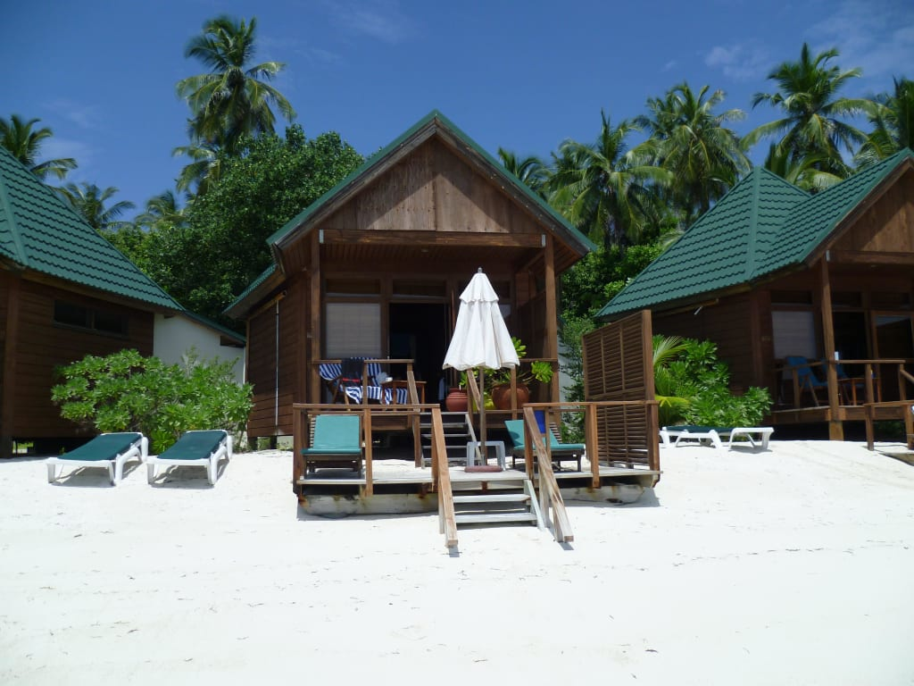 Download this Water Villa Bilder Enansicht Meeru Island Resort And Spa picture
