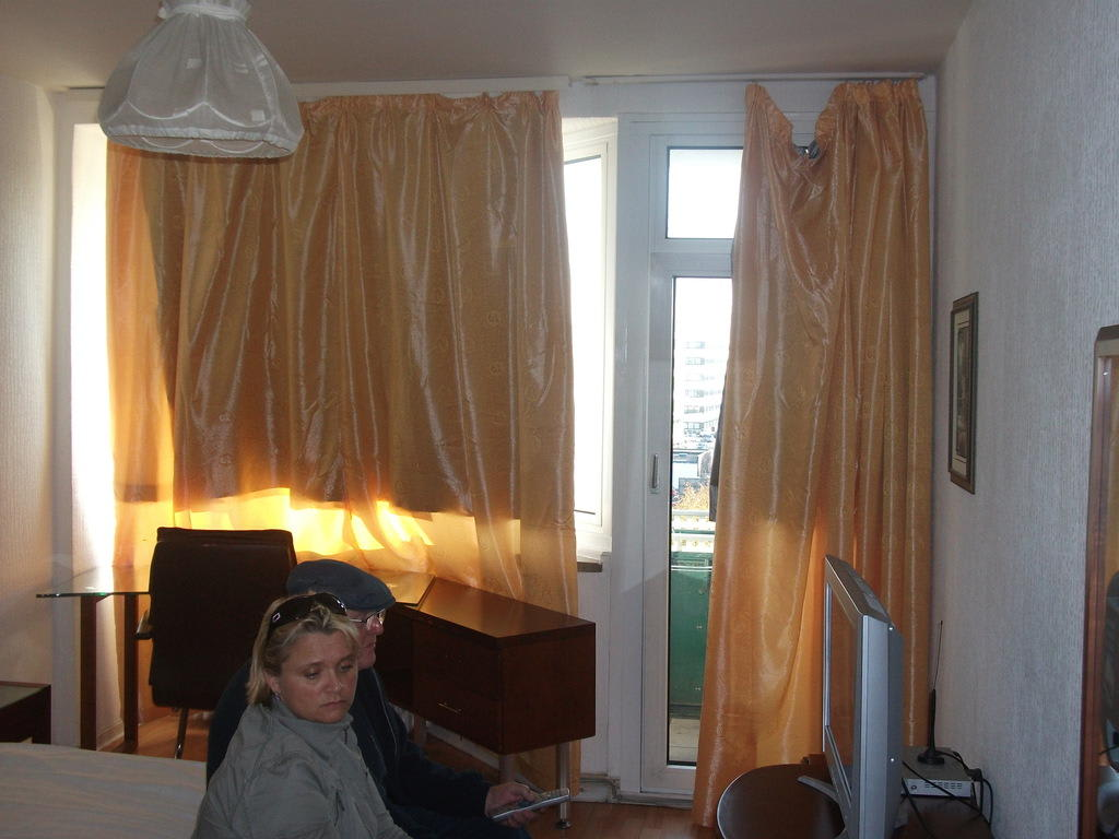 bild die gardinen zu hotel zollhof in hamburg. Black Bedroom Furniture Sets. Home Design Ideas