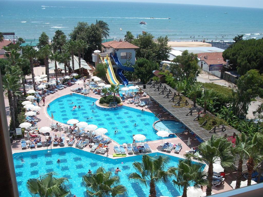 Bild von der 4ten etage haupthaus zu trendy palm beach for Trendiest hotels