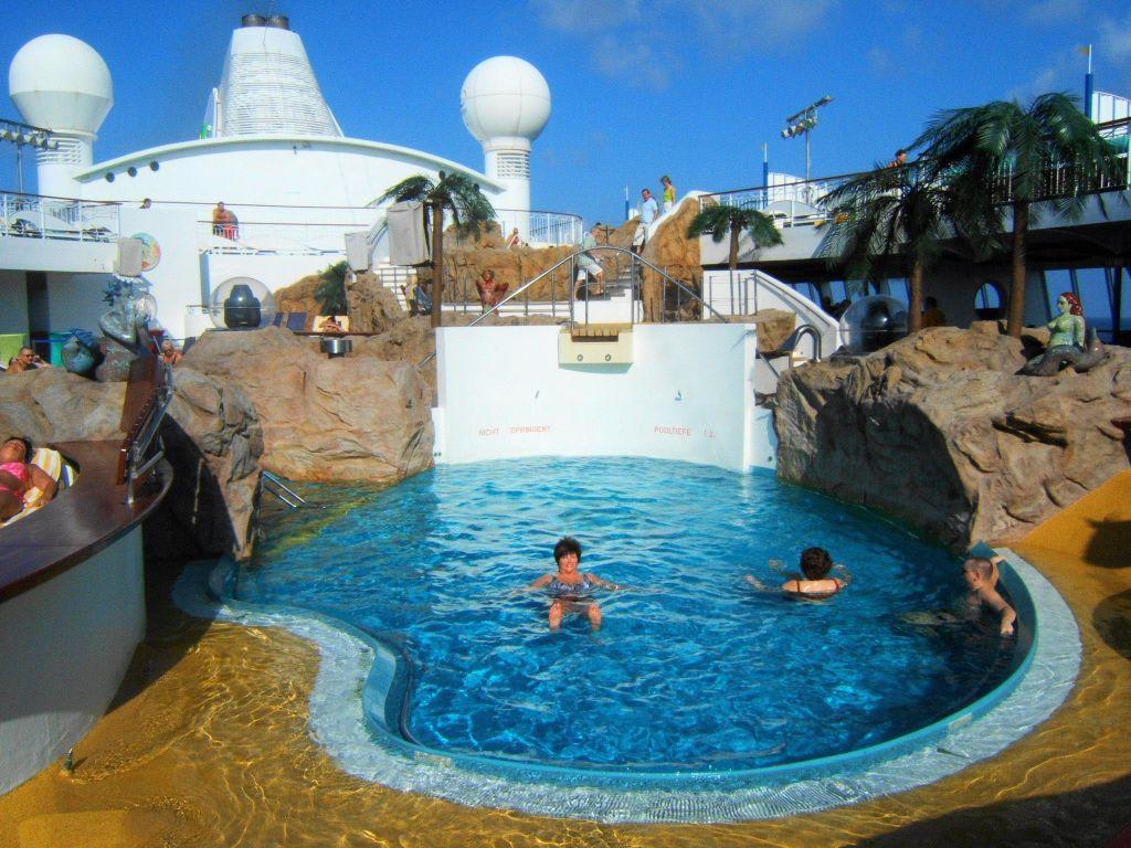 Bild aidavita salzwasser pool zu aidavita in - Pool salzwasser ...