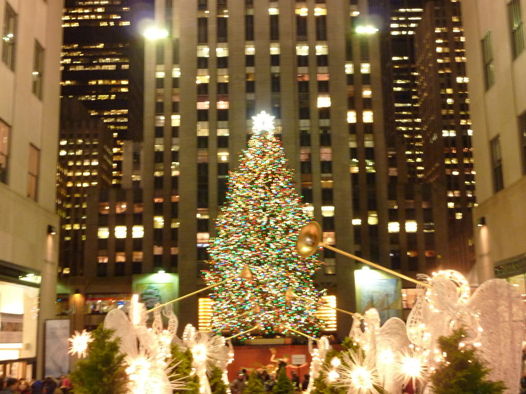 Wo Steht In New York Der Weihnachtsbaum.Bilder Der Weihnachtsbaum Vorm Rockefeller Center Reisetipps