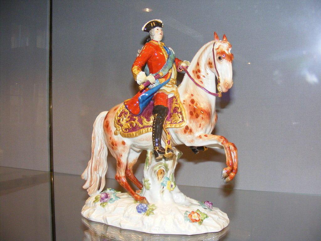 """Bild """"Museum Der Porzellanmanufaktur"""" Zu Porzellan"""