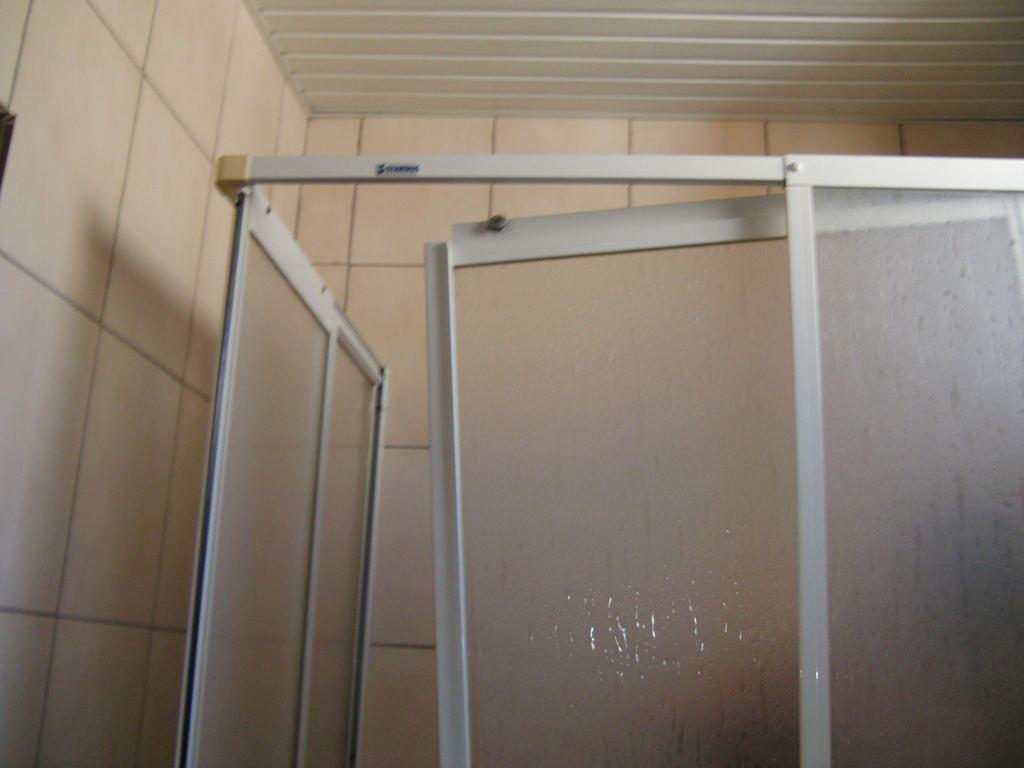 Die Dusche Ist Kaputt : Bild