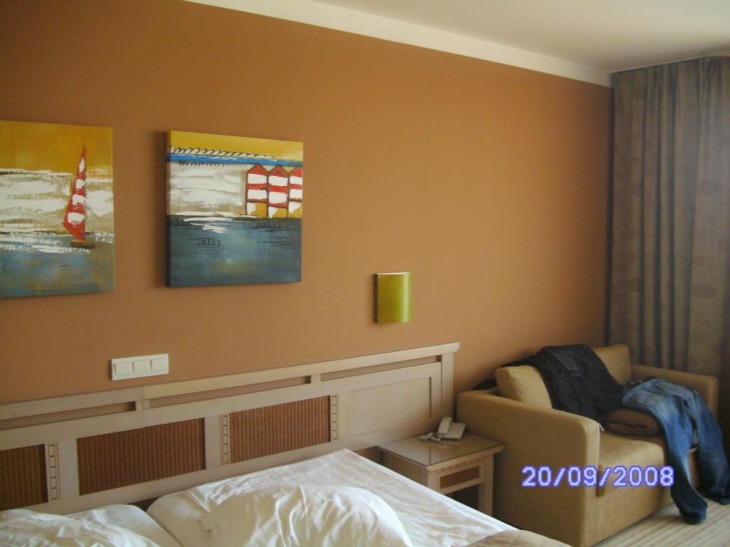 bild guts n chtle zu hvd hotel miramar in obzor. Black Bedroom Furniture Sets. Home Design Ideas