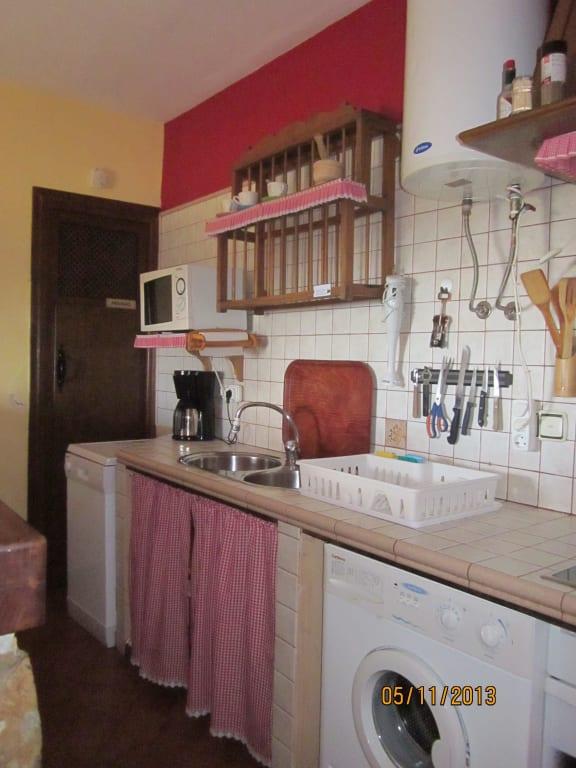 bild k chenzeile m sp lmaschine 2 sp lbecken waschm. Black Bedroom Furniture Sets. Home Design Ideas