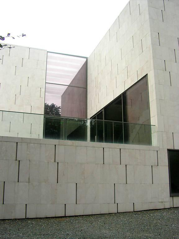 bild moderne architektur zu museum der moderne m nchsberg in salzburg. Black Bedroom Furniture Sets. Home Design Ideas