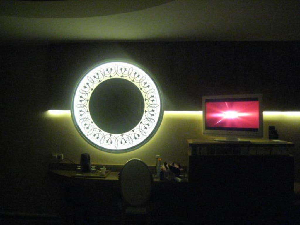 bild indirekte beleuchtung zu granada luxury resort spa in okurcalar. Black Bedroom Furniture Sets. Home Design Ideas