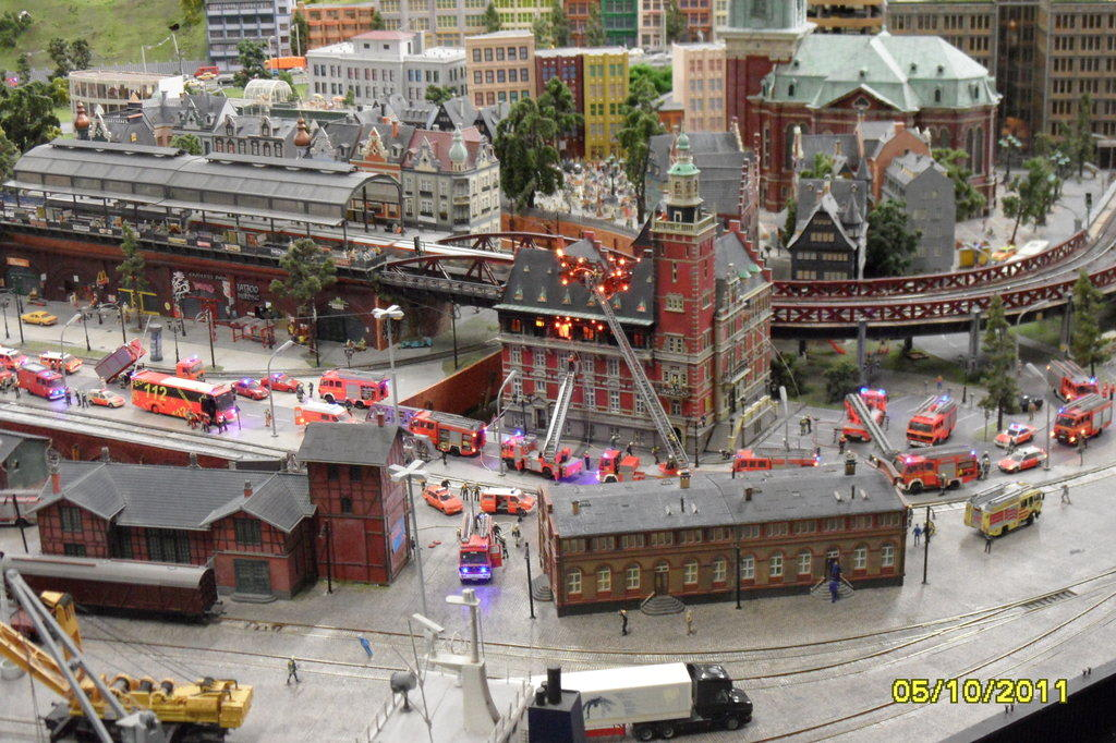 bilder hamburg miniaturland reisetipps. Black Bedroom Furniture Sets. Home Design Ideas