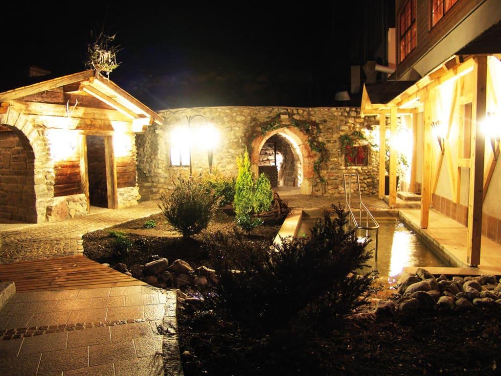 bild saunabereich au en zu bio landhotel reiterhof in achenkirch. Black Bedroom Furniture Sets. Home Design Ideas