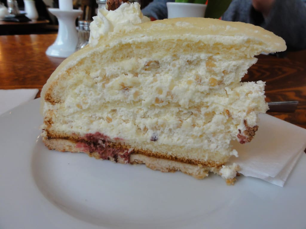 Bild Torte Zu Cafe Funk Eck In Hamburg