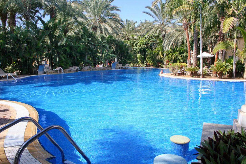 bild gro er beheizter pool zu lopesan costa meloneras resort spa casino in meloneras. Black Bedroom Furniture Sets. Home Design Ideas