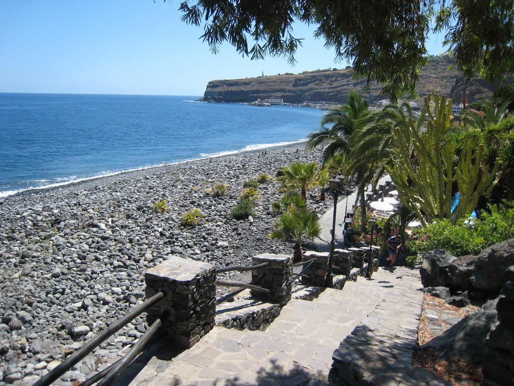 Bild strand zu hotel jardin tecina in playa de santiago for Jardin tecina