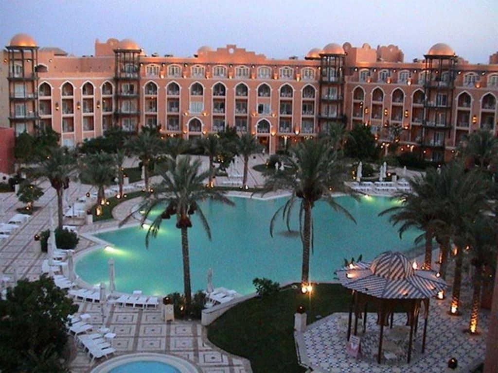 bild grand resort hurghada zu hotel grand resort in hurghada. Black Bedroom Furniture Sets. Home Design Ideas