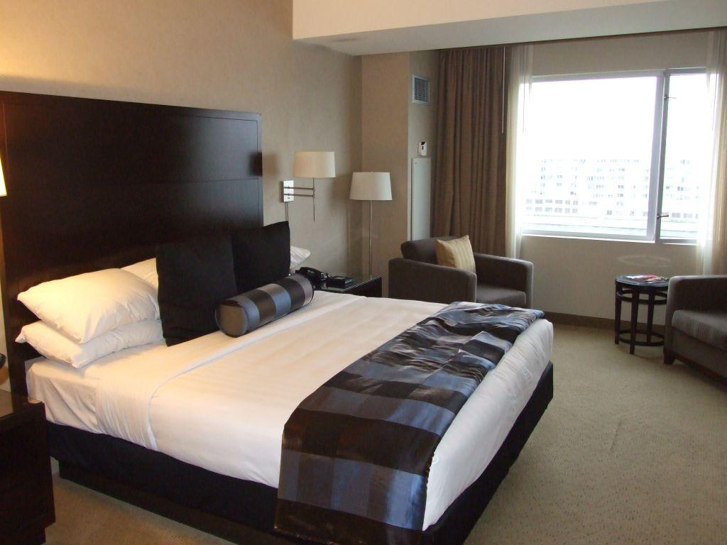 Hotelzimmer cathy fischer for Hotelzimmer teilen