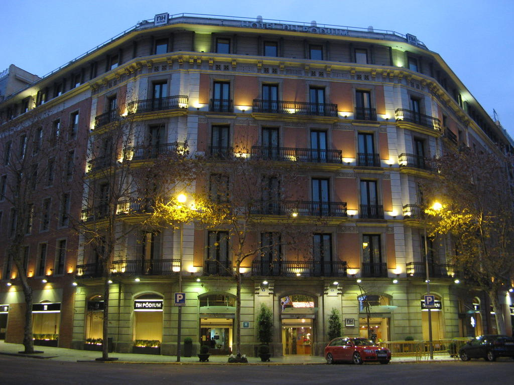Bild nh podium in barcelona zu hotel nh barcelona p dium - Hotel nh podium ...