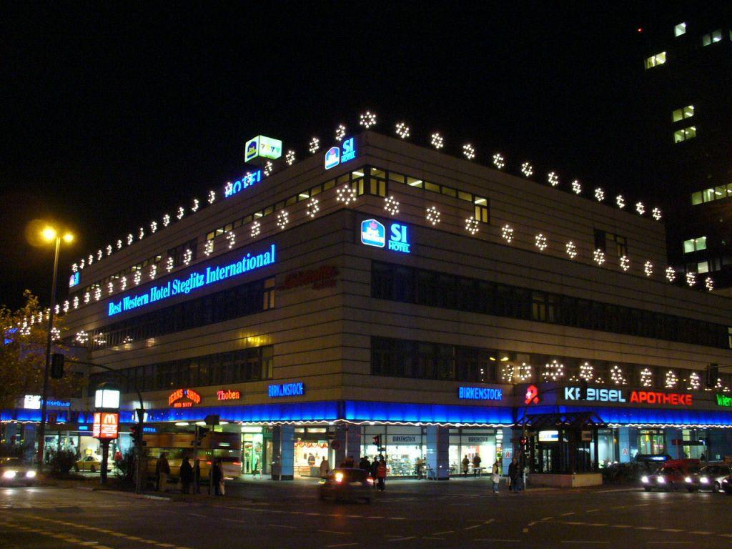 Bild hotel bei nacht zu best western plus hotel steglitz for Outlet berlin steglitz