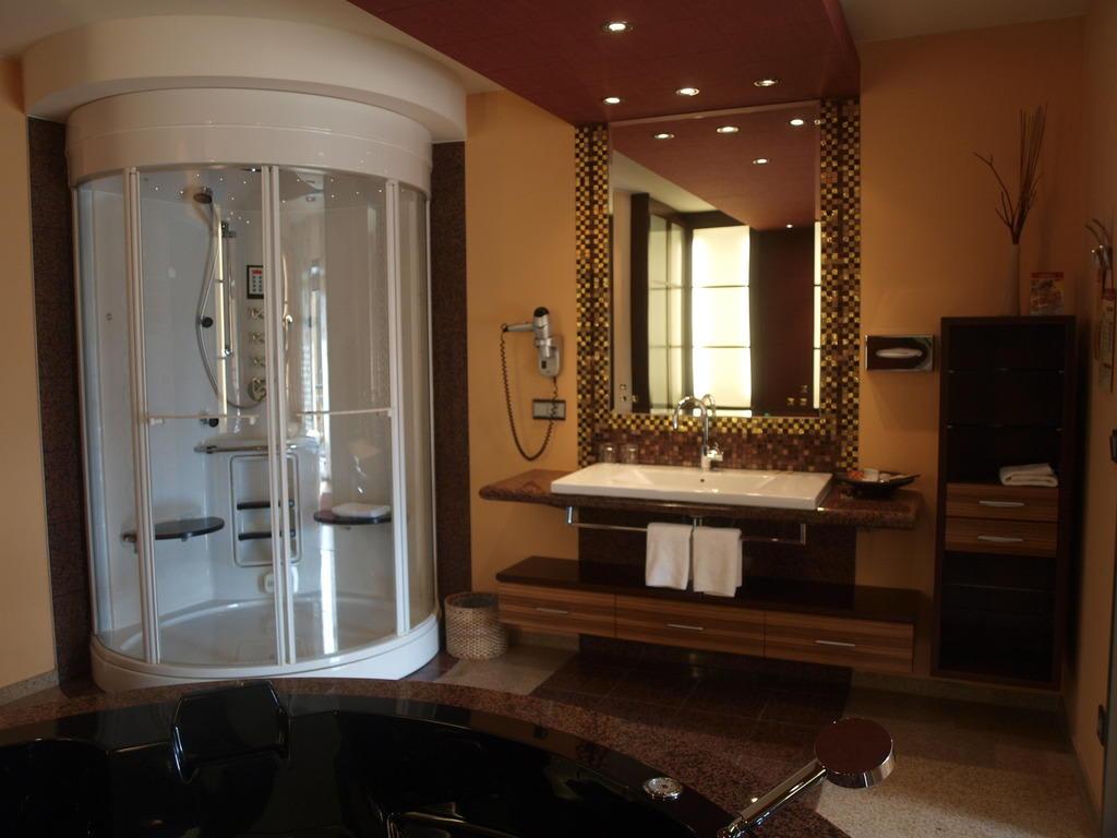 bild asia suite zu eurothermenresort bad schallerbach paradiso in bad schallerbach. Black Bedroom Furniture Sets. Home Design Ideas